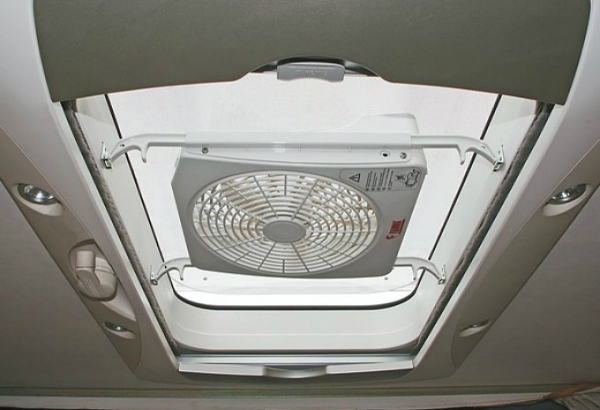fiamma-12-v-ventilator-turbo-kit