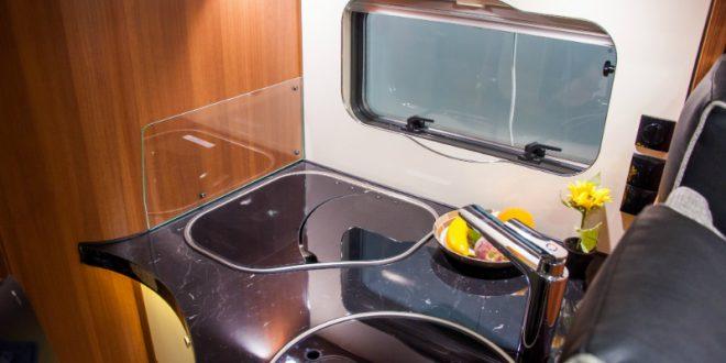 warmwasser im wohnwagen und wohnmobil schlanser magazin - Wohnwagen Dusche Warmwasser