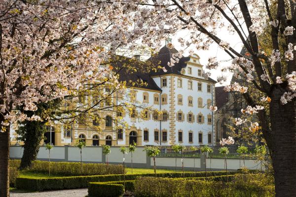 Schloss Salem im Fruehling