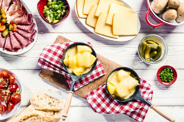 Raclette mit Beilagen