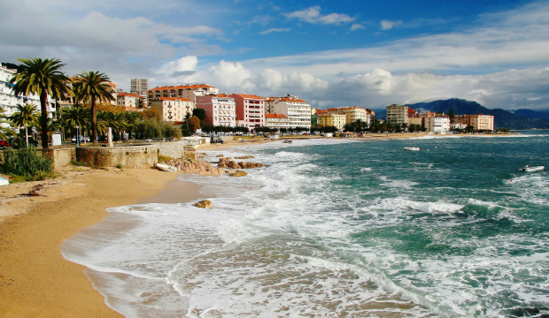 Küste bei Ajaccio