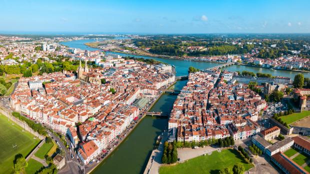 Die wunderschöne Altstadt von Bayonne
