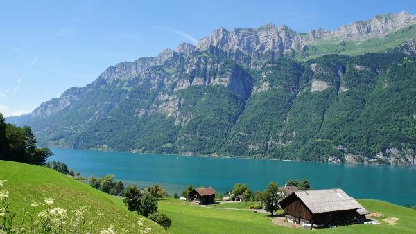 walensee-schweiz-seecamping