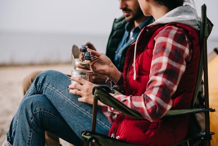 Einfach den Faltstuhl aufbauen und hoechsten Sitzkomfort geniessen Campingsessel