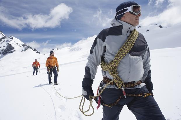 Seilschaft am Gletscher - Winterwandern in größter Sicherheit